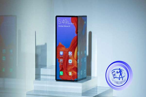 رو نمایی از گوشی Huawei Mate X